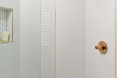 Elegant Master Bathroom (5)