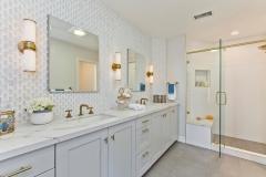 Elegant Master Bathroom (6)