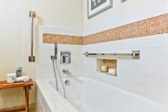 San Diego Guest Bathroom (6)
