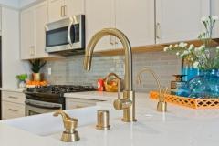 Scripps Ranch – Warm Transitional Kitchen Remodel (4)