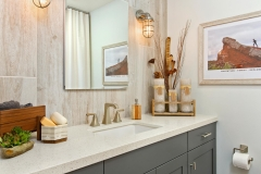 Tranquil Grey Bathroom (3)