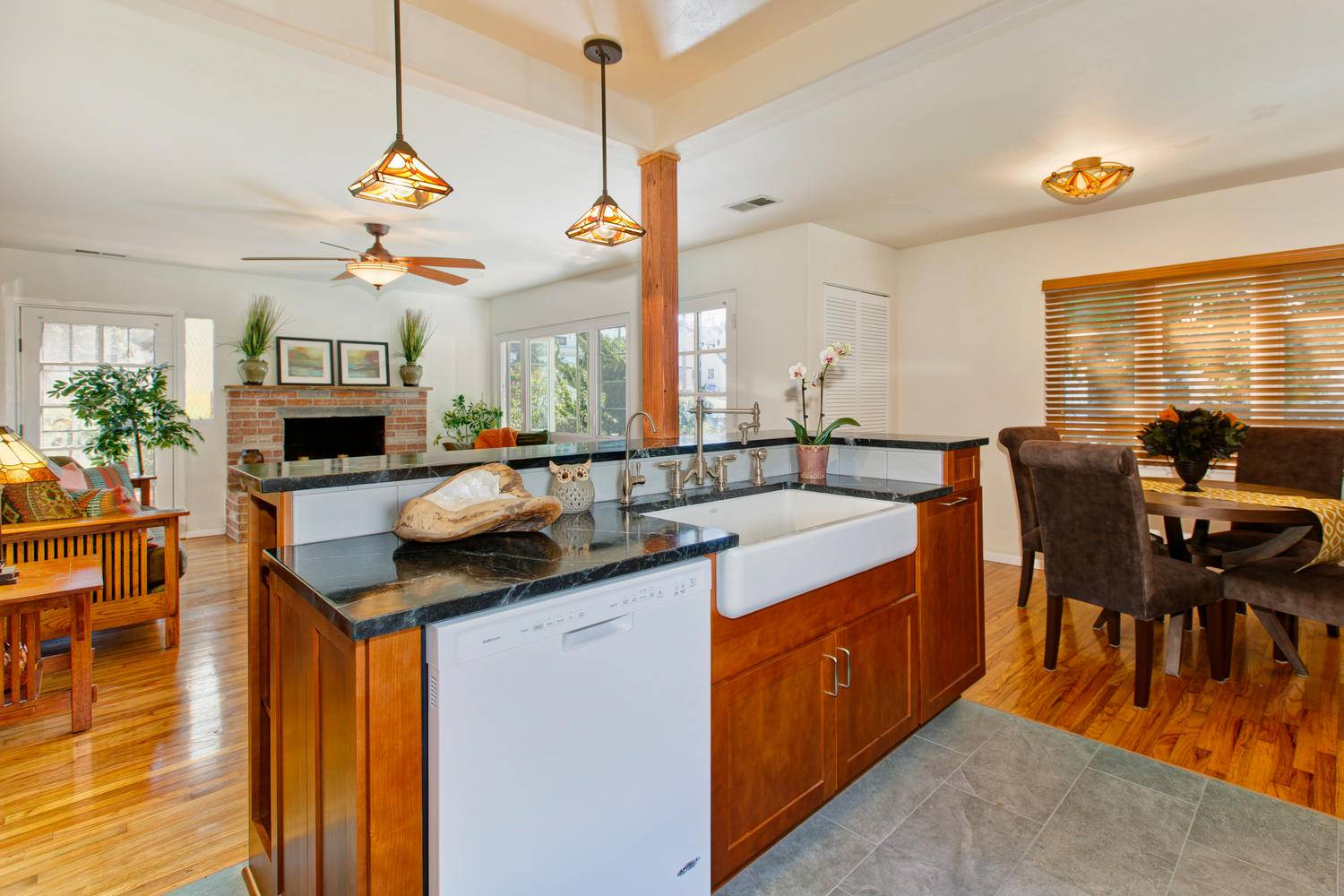 Kitchens And Cabinets By Design Cairns