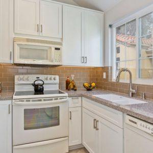 UTC White Kitchen Remodel (11)